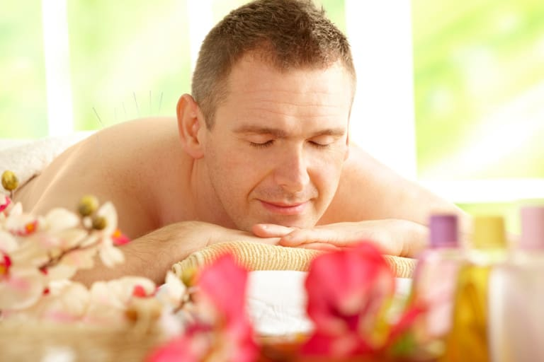 Acupuncture for Allergies (Herbs, Too!)